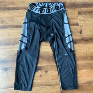 Nike pro combat black compression crop pants L